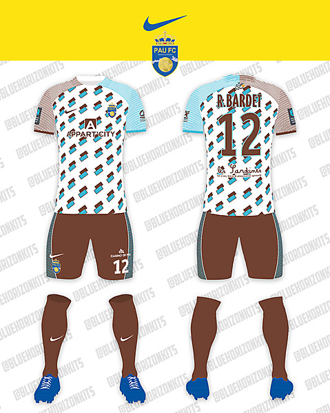Pau FC Away Kit