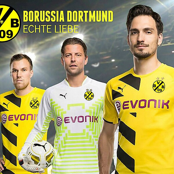Borussia Dortmund Crest Modled by team