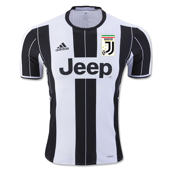New Juventus crest on shirt