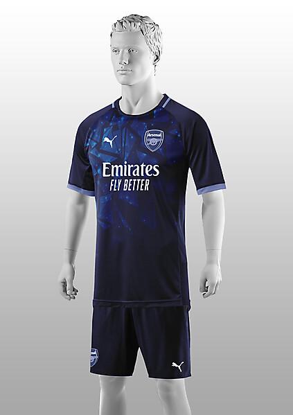 Arsenal   2021-22 Third Shirt