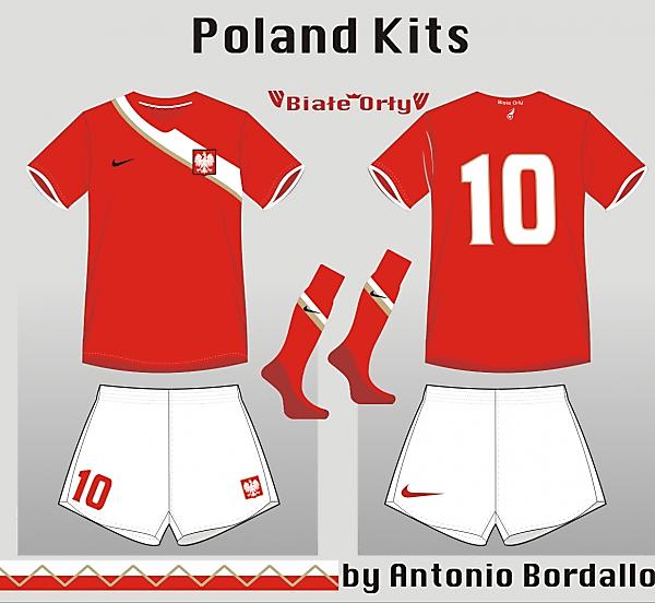Poland away akit 3