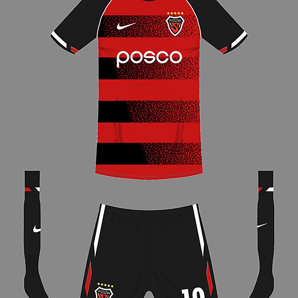 Pohang Steelers home kit