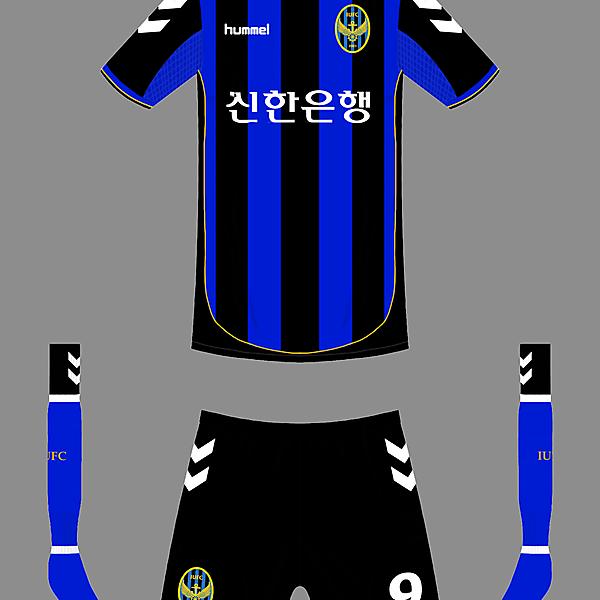 Incheon Utd home kit