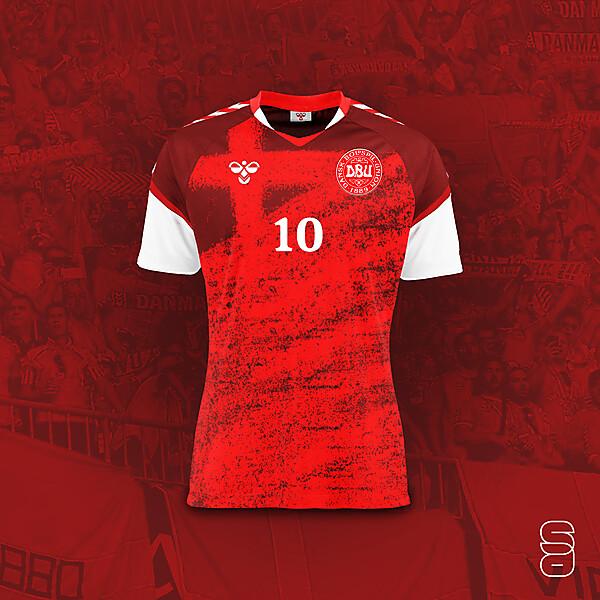 Denmark - Home kit