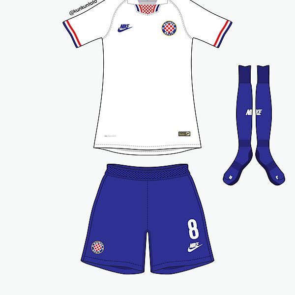 Hajduk Split home kit by @kunkuntoto