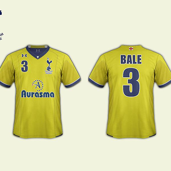 4th Kit // Tottenham
