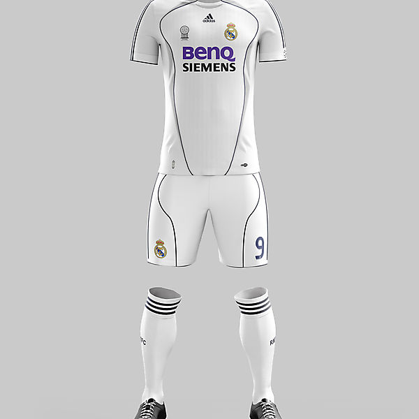 #25 - Real Madrid Home '06