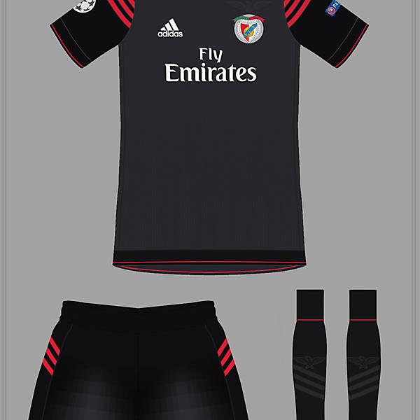 Benfica 16-17 Away ?