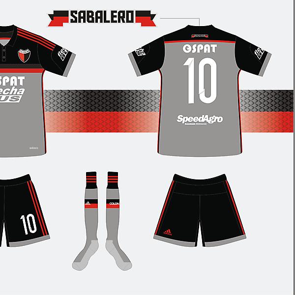 C.A. Colón kit Adidas 2014/2015