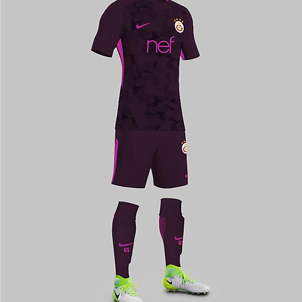 Galatasaray 17/18 Third Kit