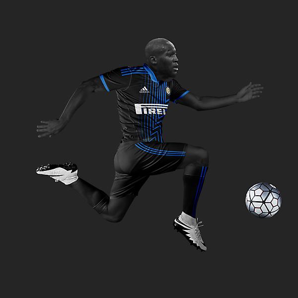 Inter Milan 20/21 away Lukaku