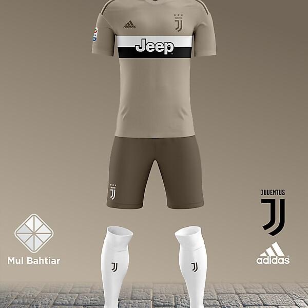 Juventus 2018-2019 Away Kit Leaked