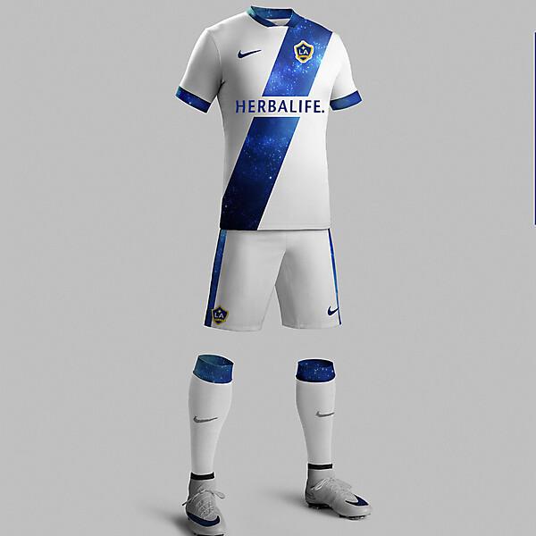 New Nike LA Galaxy Home Kit