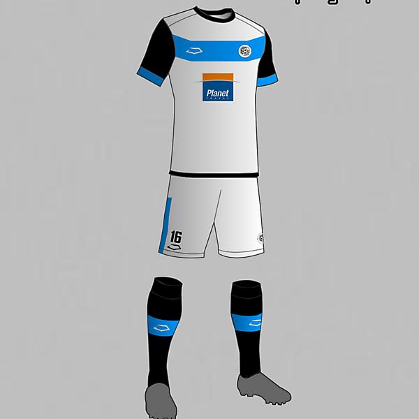 Torque (Uruguay) Away kit 2016