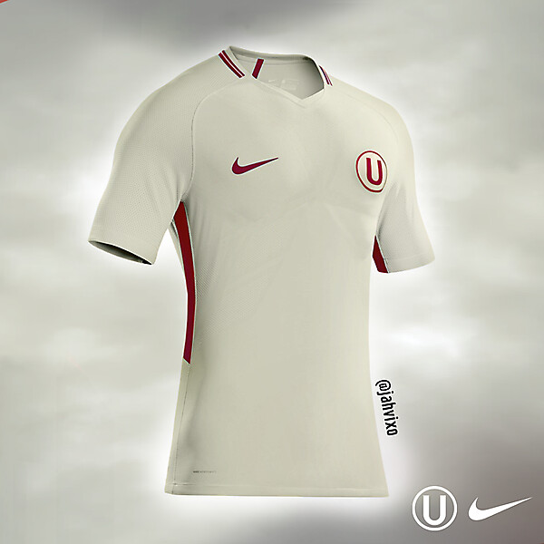 Universitario Nike home